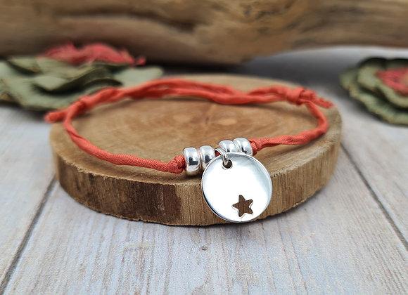 Collection Mademoiselle SVP - bracelet cordon de soie - étoile décalée