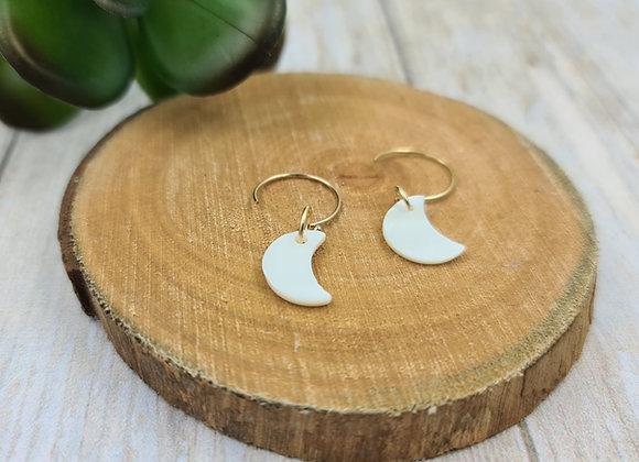 Les lumineuses ! Boucles minimalistes pendentif lune nacrée
