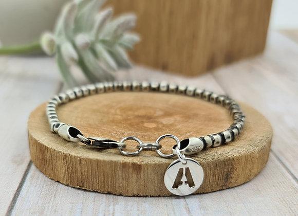 Bracelet homme chaîne carrée argent vieilli et pendentif initiale