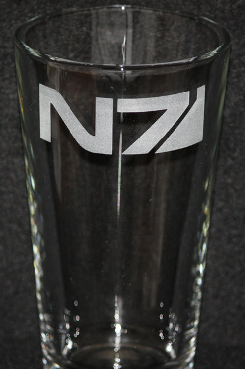 Mass Effect N7 Symbol Pint Glass