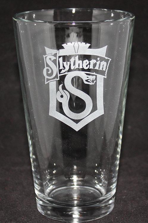 Harry Potter Slytherin House Crest Pint Glass