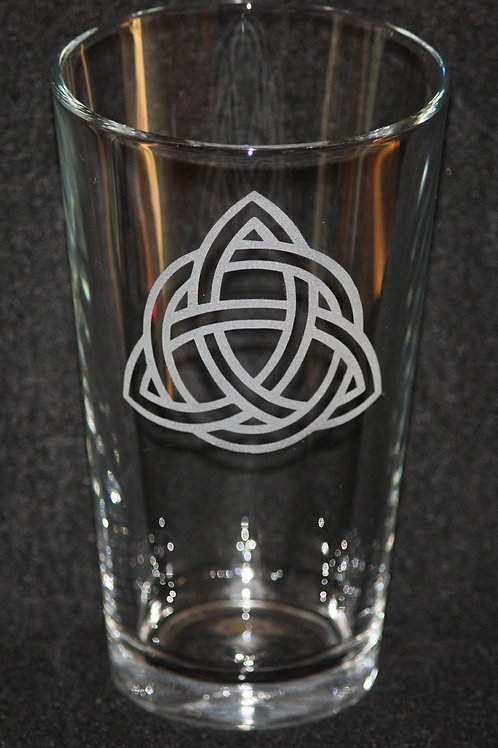 Celtic Knot Triskell Pint Glass