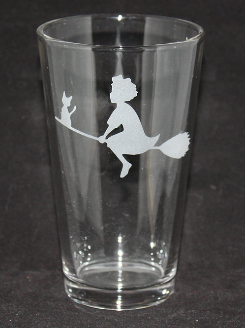 Kiki Pint Glass
