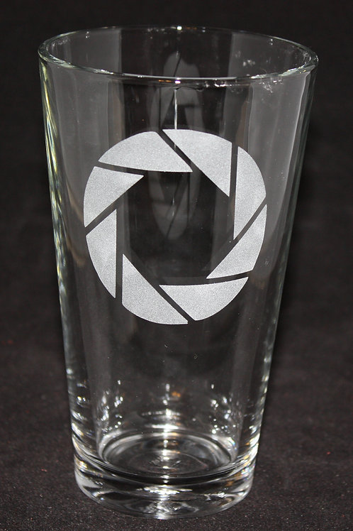 Portal Aperture Symbol Etched Pint Glass