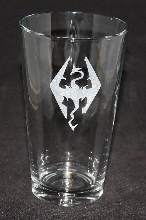 Elder Scrolls Skyrim Symbol Etched Pint Glass