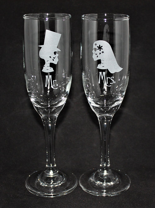Spooky Gothic Themed Wedding Champagne Flute Set