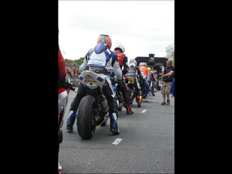 Stephen Thompson startline.jpg