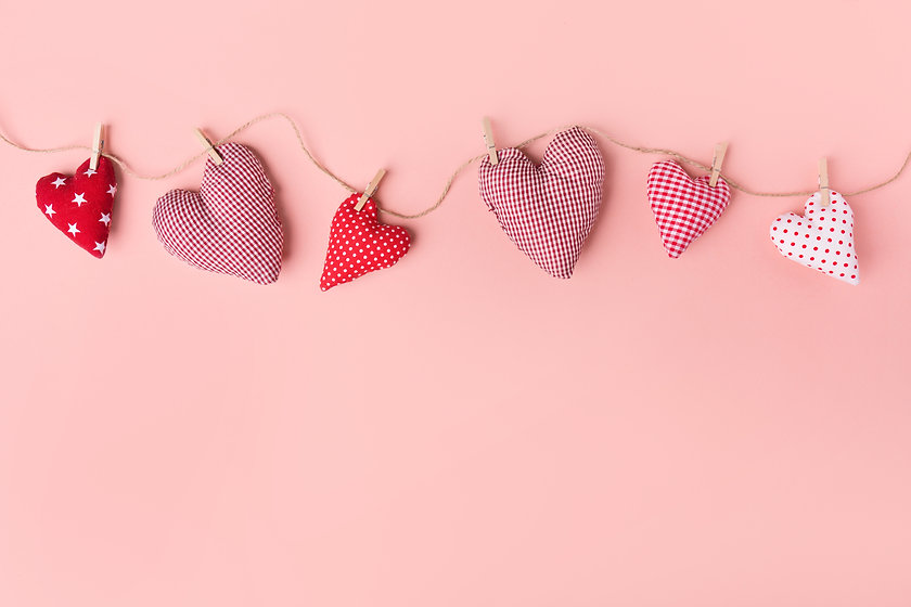 textile-valentines-day-hearts-pink.jpg