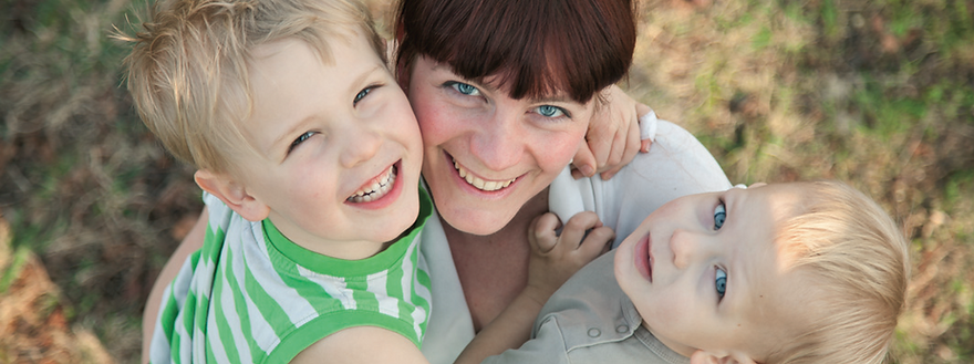 Heilpraktikerin Mura Frey-Balke, spezialisiert auf HypnoBirthing, Hypnomothering, Fruchtbarkeit und Kinderwusch.