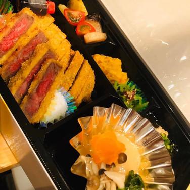 静岡県そだち牛カツレツ弁当(ごはん付き)
