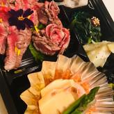 静岡そだち牛炙り弁当(ごはん付き)