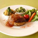 ハンバーグ+惣菜二品