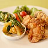 鶏のからあげ+惣菜二品