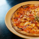 呑楽堂特製ピザ