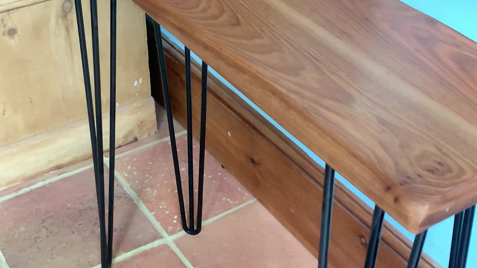 Console table in oak with hairpin steel legs