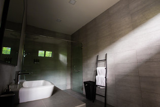 Villa Nadiah Bathrooms