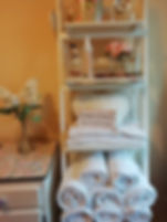 treatment room, massage, aromatheapy