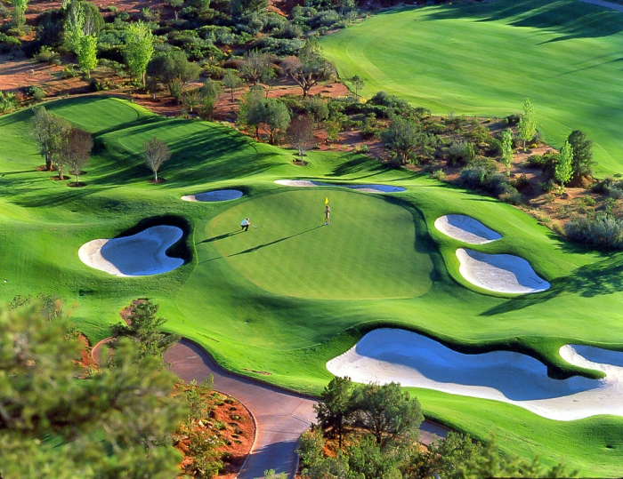gallery-resort-seven-canyons-golf-4th-hold.jpg