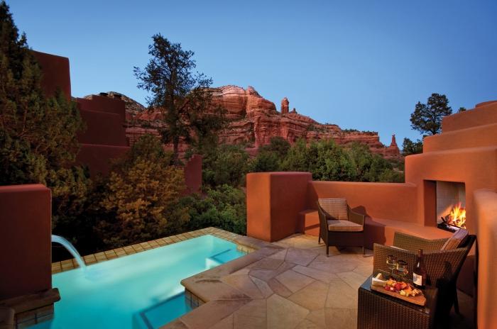 gallery-resort-enchantment-pool-suite.jpg