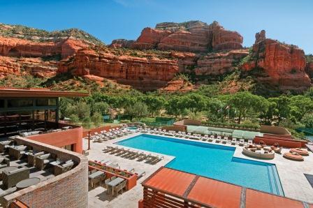 gallery-resort-main-pool.jpg