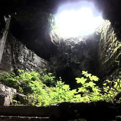 Kras Lipa Krompirjeva jama3 (002).jpg