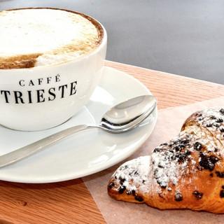 S kajakom v Trst na najboljšo kavo