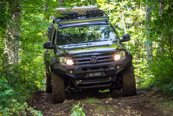"""Black Ops"" Amarok, Black Sheep"