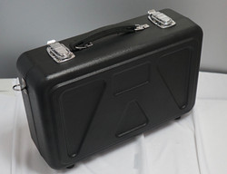 case sitting on end