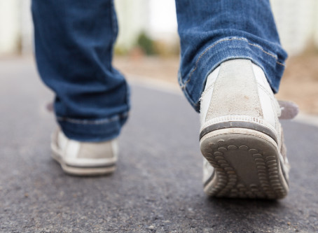 How Chiropractic Helps People Who Suffer from Plantar Fasciitis