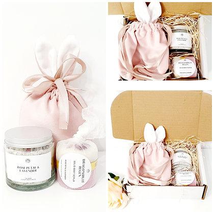 Velvet Bunny Bath Gift Set