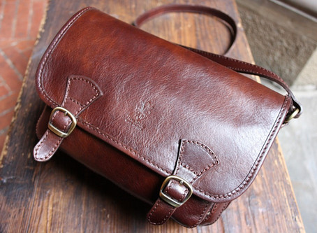 Leather handbag cleaning in Cambridge