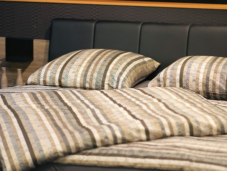 How to wash linen bedding