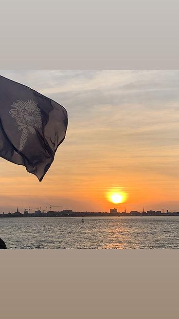 flag_sunset.jpg