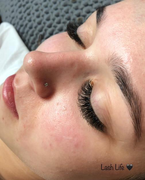 eyelashes_9.JPG