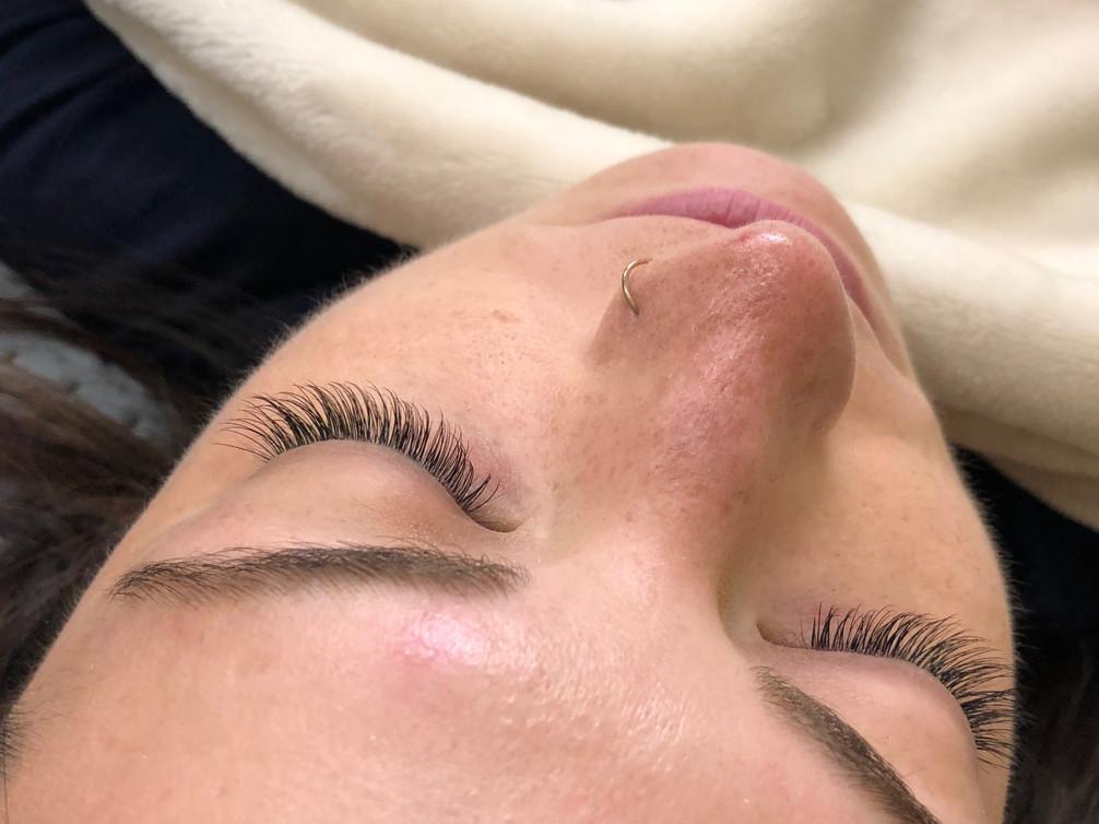 eyelashes_1.JPG