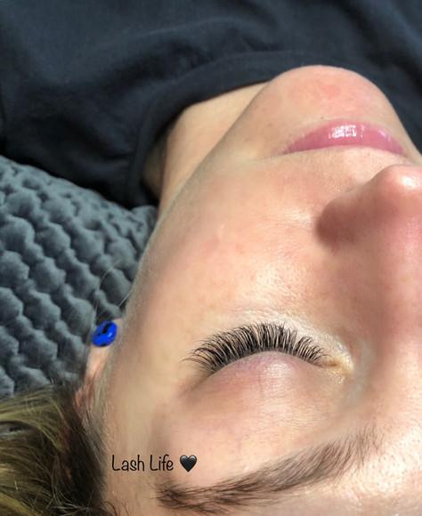 eyelashes_8.jpg