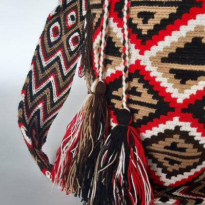 Mochila Wayuu Roja con diseño
