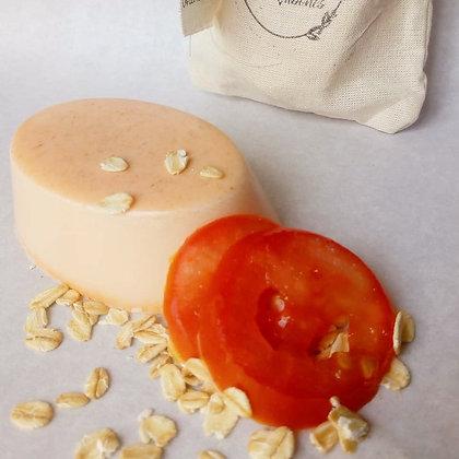 Jabones artesanales con tomate-avena NATUUR