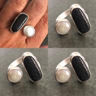 Pearl and beach pebble split ring
