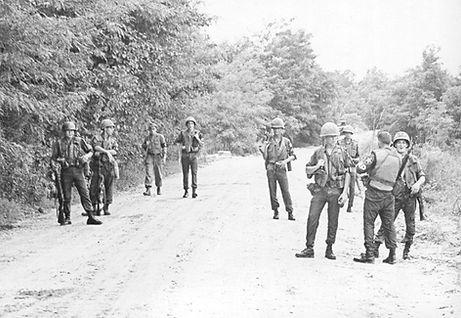 1967 - 2ID - DMZ patrol.jpg
