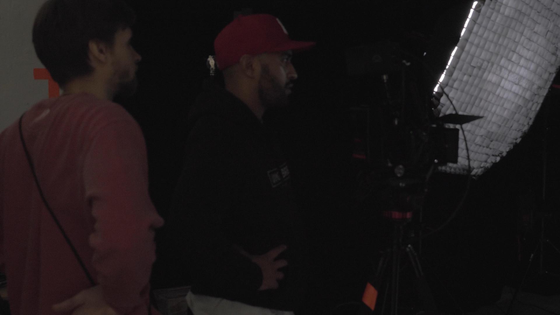 footage BTS.00_04_28_53.Standbild026 Kop