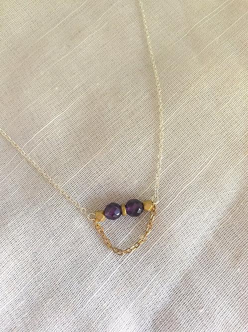 Dainty Amethyst bar necklace
