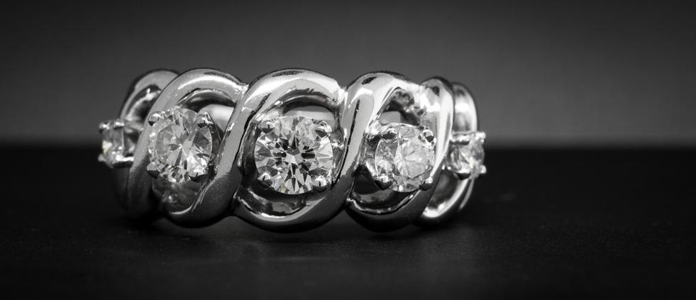 Custom Diamond Jewelry