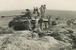 WWII Tank with Soldiers