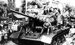 WWII Tank and Soldiers