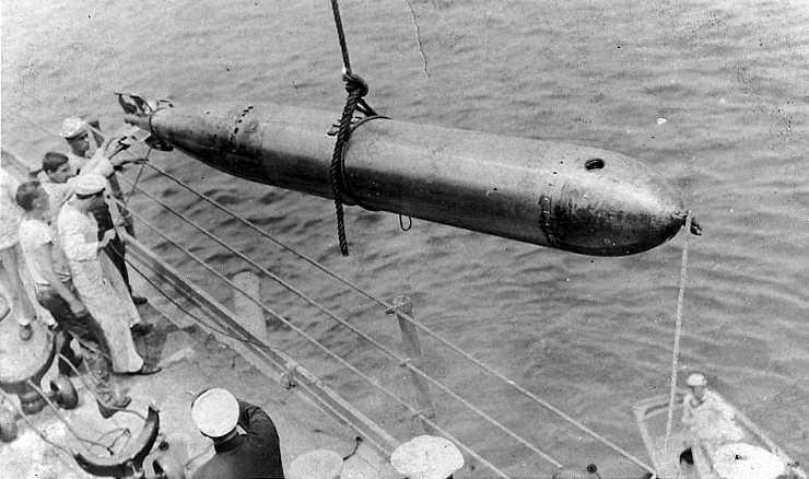 WTUS_PreWWII_Kansas_torpedo_pic