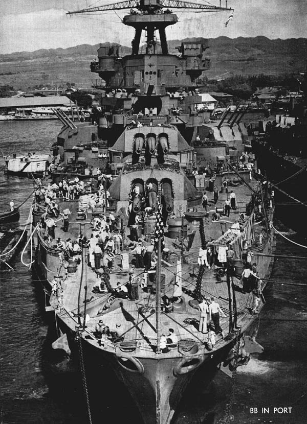 battleship-bb-in-port
