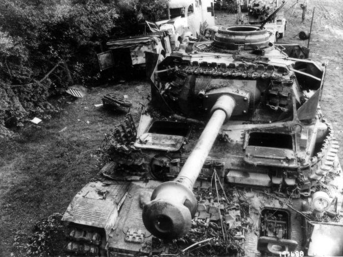 WWII - Dead Tank