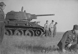T-2 Tank and Crew