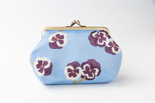 make pouch